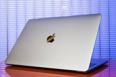 Apple MacBook Pro MLUQ2LL/A 13-inch Lapt